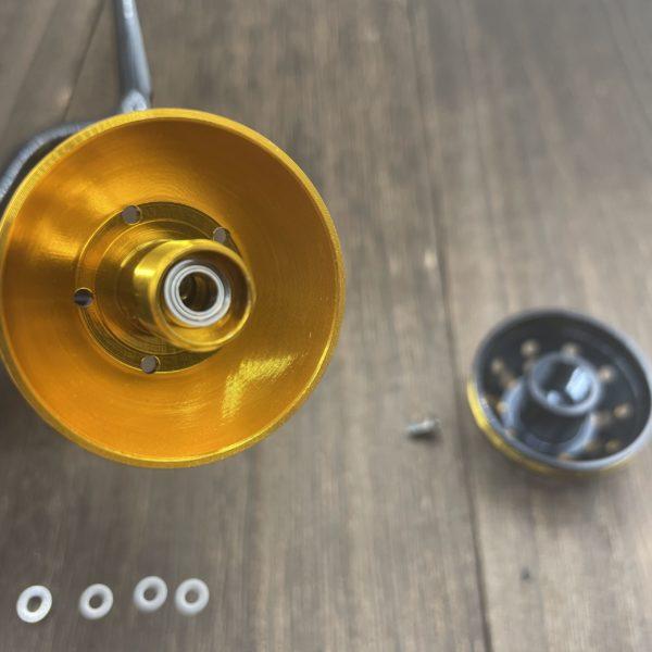 ゴメクサスのパワーハンドルノブに交換している写真